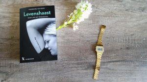 Levenshaast, het boek geschreven door onze Heldin Ingeborg van Beek, is uit